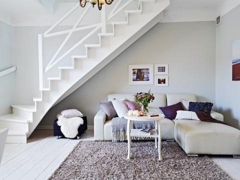 achadosalvhem-sala-escada