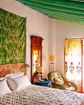 quarto colorido verde