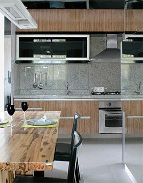 cozinha granito cinza madeira