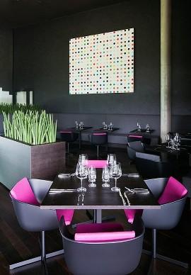 restaurante preto rosa