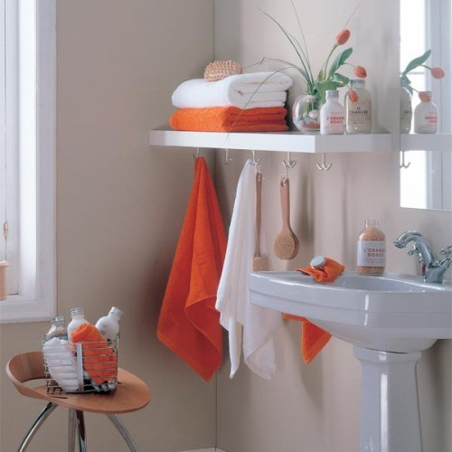 Shelternessstorage-ideas-in-small-bathroom-31-500x500