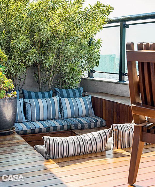 09-terraco-com-spa-e-muito-verde-possui-linda-vista-de-sao-paulo