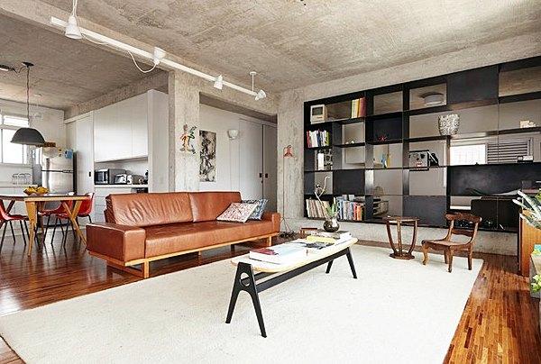 sala-de-estar-tapete-estante-cimento-queimado