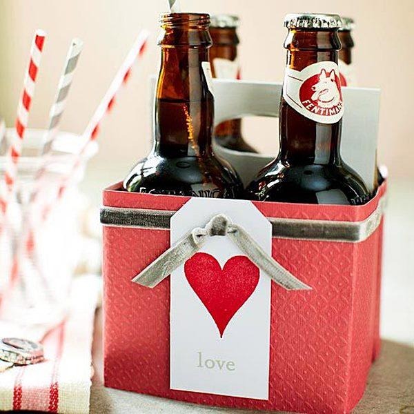 Cervejas-artnamorados fashionbubbles esanais-com-garrafas-e-caixa-decoradas-para-o-dia-dos-namorados-Faça-você-mesmo