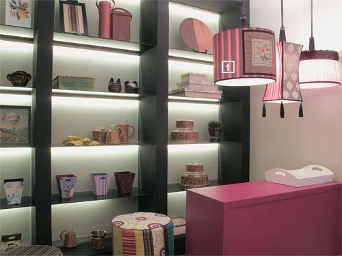 Decoraç u00e3o de Lojas mostrar o Produto Blog Todos Decoram # Decoração De Loja Pequena De Cosmeticos