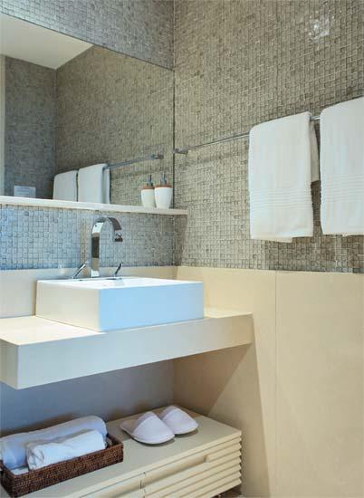 Banheiros e lavabos sara castro interiores for Armarios para lavabos