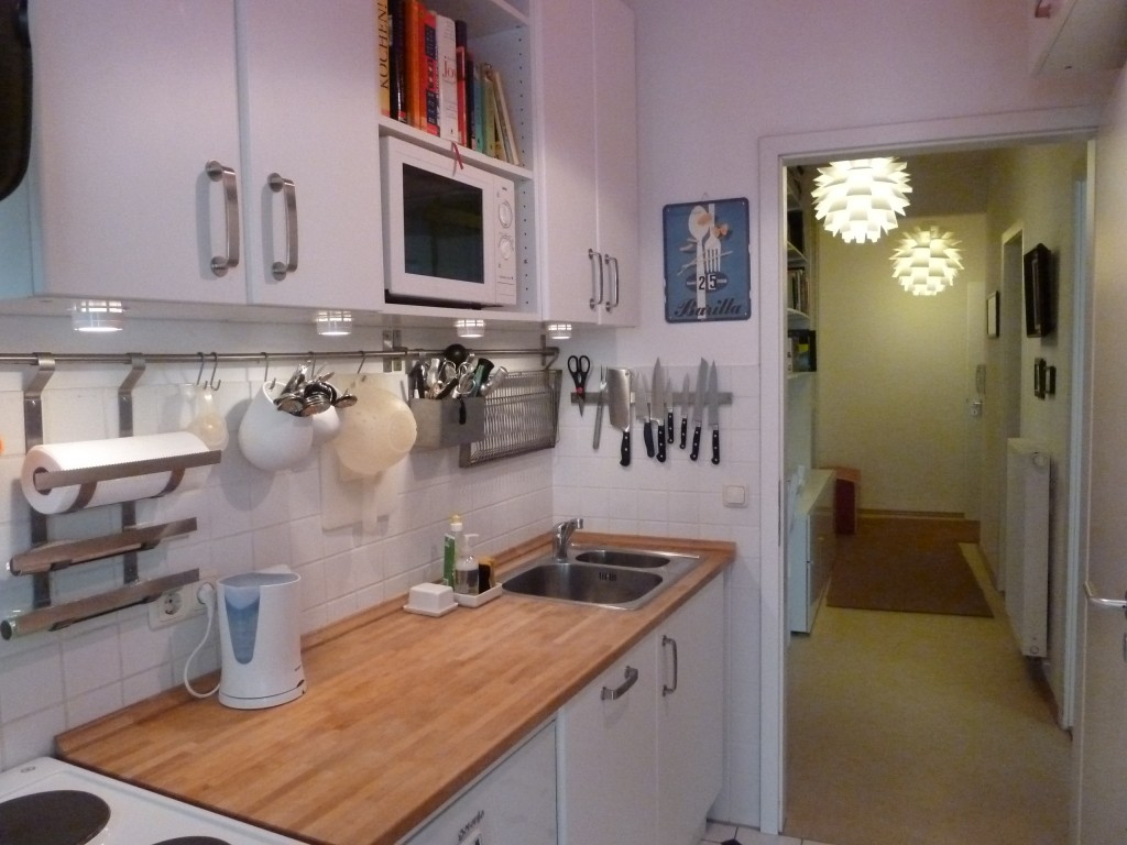 IDEAL: Organização na cozinha Barra de utensílios pro apê #8C5D3F 1024 768