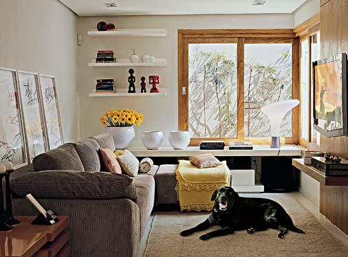 O sobretudo onde colocar a tv for Sofa grande sala pequena