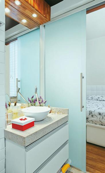 CIRCUITO DE ALTA DECORAÇÃO Decoração  Banheiros pequenos -> Armario Banheiro Vaso Sanitario