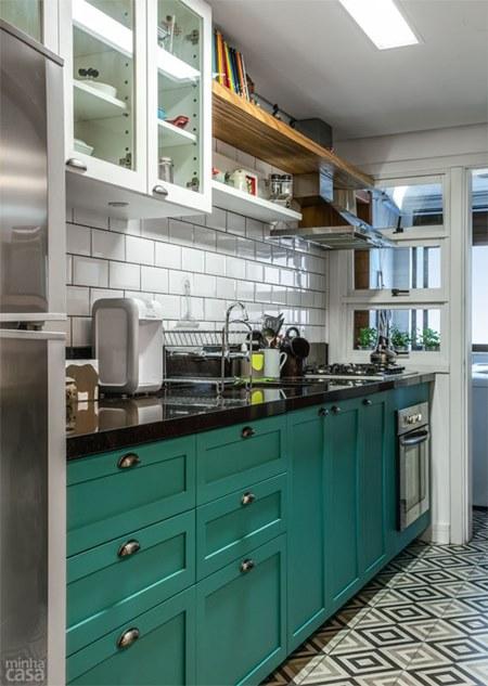 03-reforma-integra-cozinha-em-estilo-europeu-a-sala