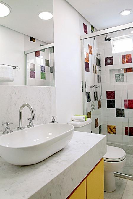 Lavabos e banheiros pequenos e bem resolvidos  Simples Decoracao  Simples D -> Banheiros Muito Simples