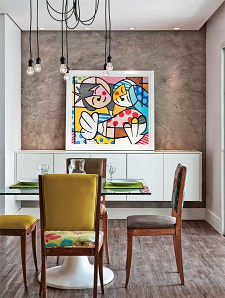 Ideias Para Sala De Tv Barata ~ OU use cadeiras diferentes, com a mesma cor – ou até em degradê