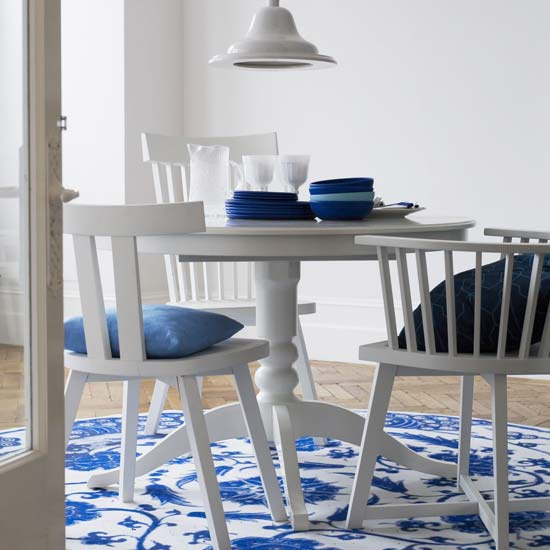 blue-and-white-dining-room1