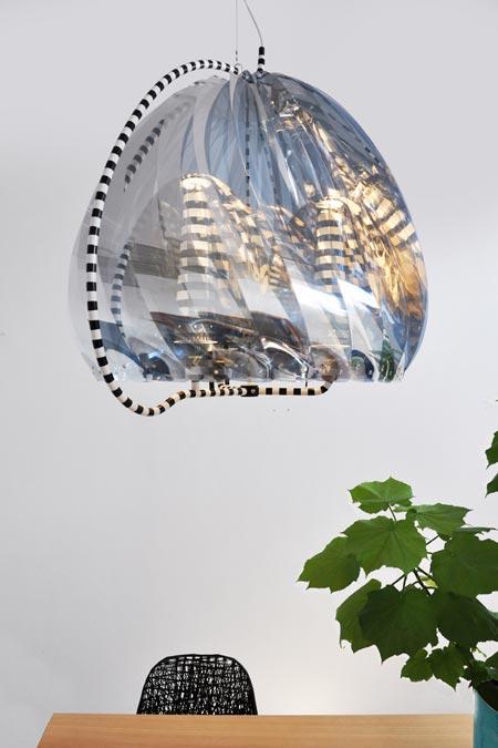 revolving-chandelier-by-bertjan-potdezeendotcommilao1