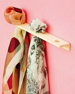 shelternesshow-to-store-scarves-16