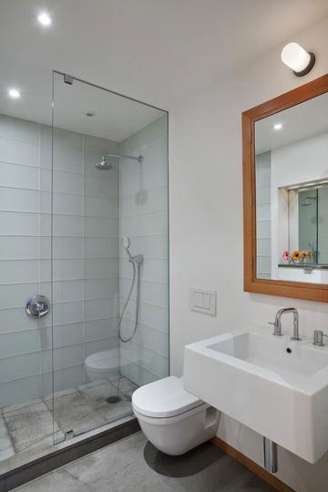 apartment12-Harlem-Residence-Master-Bath_rect540