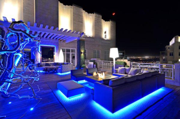 comonaousarld2outdoor-sofa-design-led-lights