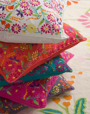 floral-cushions