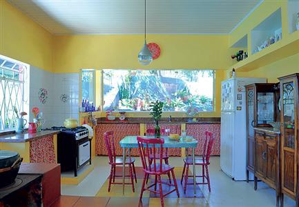 Cores fortes na cozinha