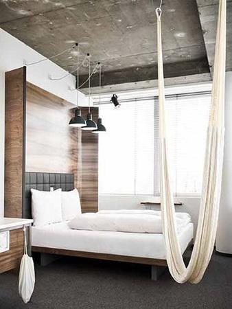 thedesignerpadhotel-daniel-hammock