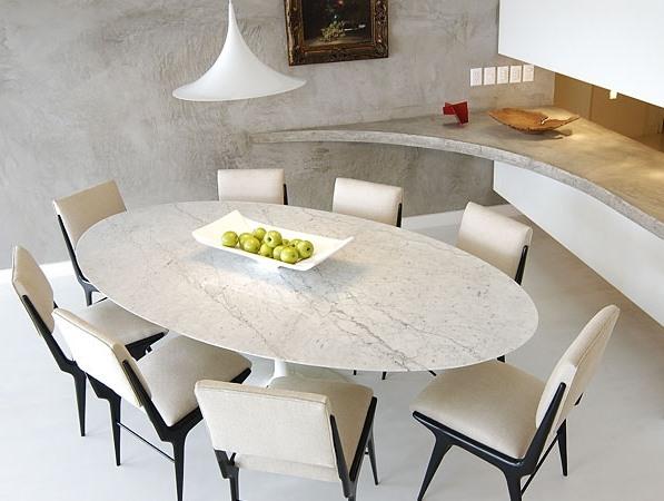 sala de jantar mesa oval