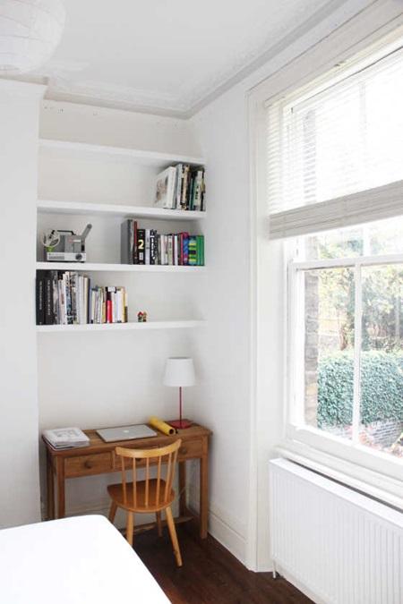 desiretoinspirebedroom_desk