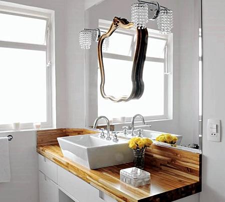 banheiro madeira branco