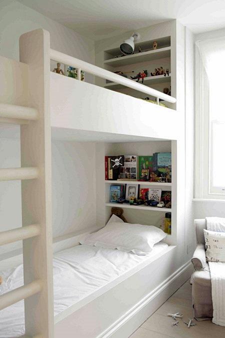 houseandhome5-kidsbookstorage