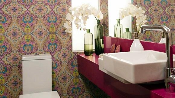 lavabo pequeno rosa papel parede