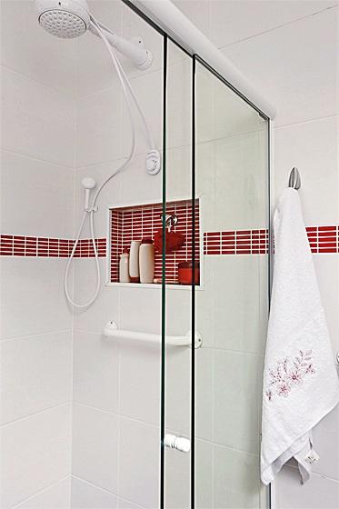 minha-casa-renovada-banheiro-seguro-confortavel_03