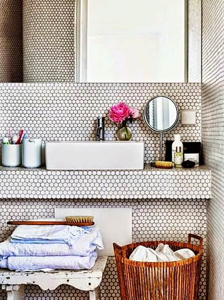 banheiro_bancada_em_alvenaria_arquitrecos_via_my_scandianavian_home