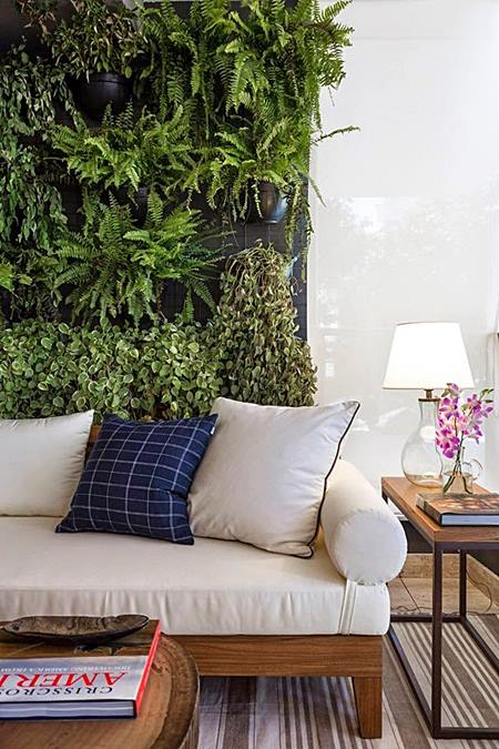 sala de estar jardim vertical