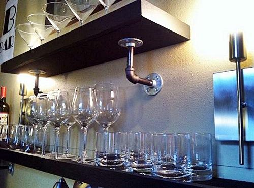 homeditcreate-a-home-bar-using-pipes