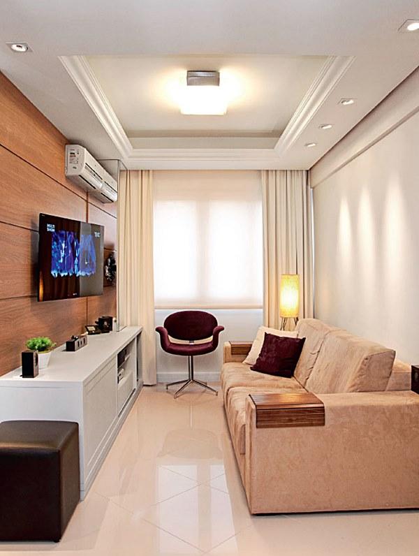sala de estar pequena e estreita