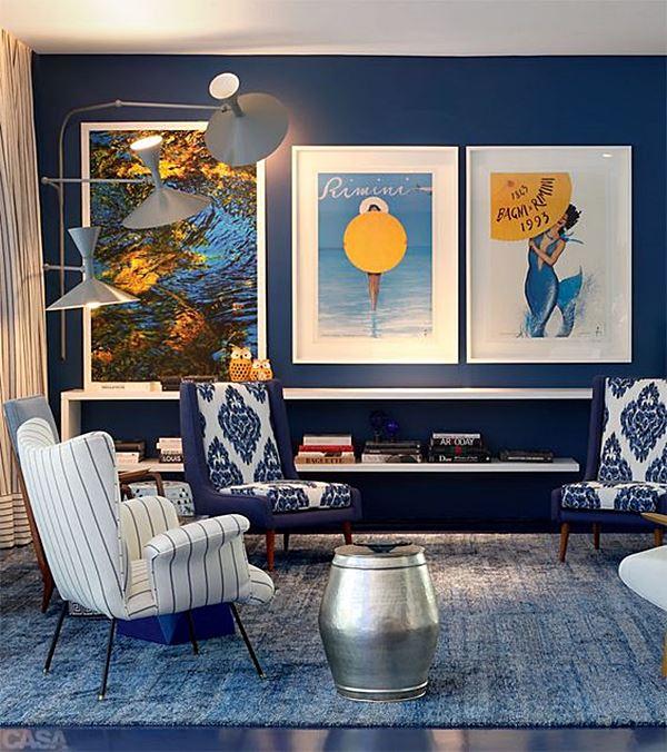 sala de estar azul e branco