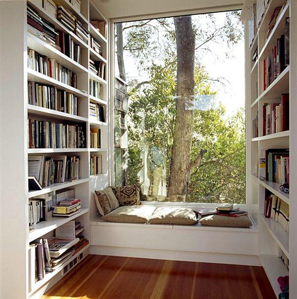 cantinho com livros