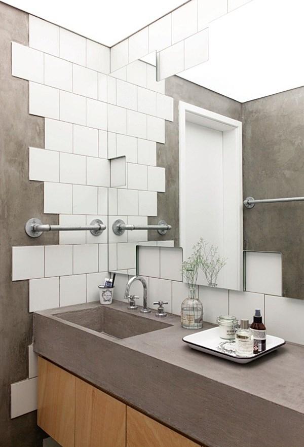 revistacasaejardimbanheiro-com-paredes-metade-de-azulejo-e-metade-de-cimento-ap_metamoorfose_casa_e_jardim-9