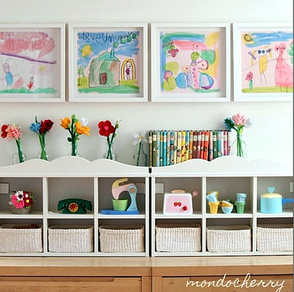 thecreativeexchange Creative-Ways-to-Display-Kids-Art-Work-500x497