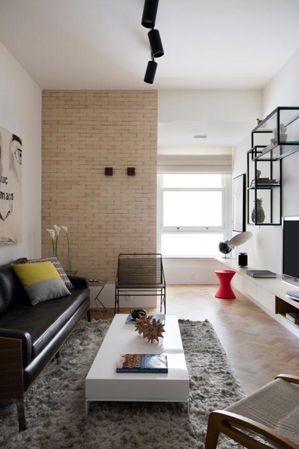 sala clara estilo industrial sofá couro