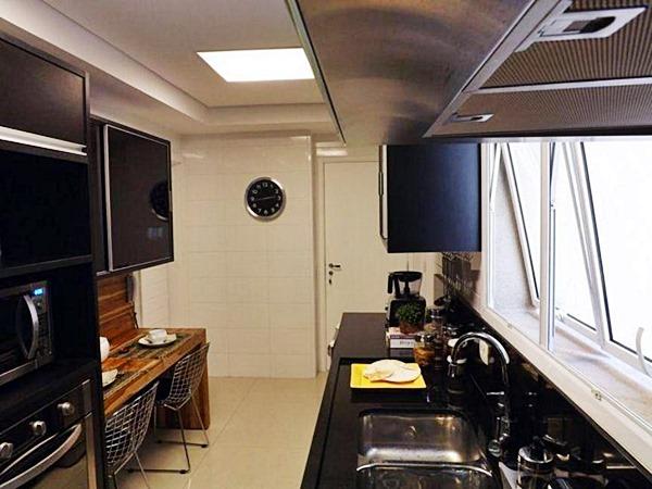 cantinho para refeição na cozinha pequena 9