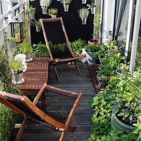 tiny-balcony-15