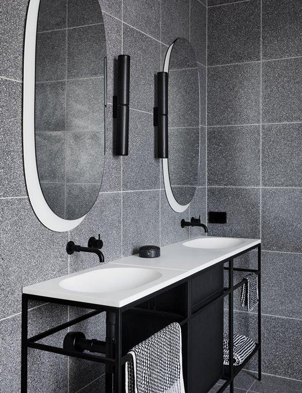 The Design Files lauren-li-bathrooms-tdf-29-1000x1290