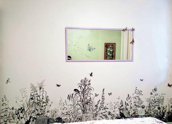 painel de parede no quarto