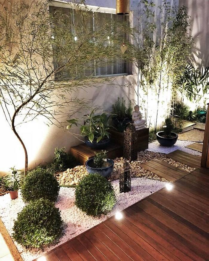 iluminação no jardim