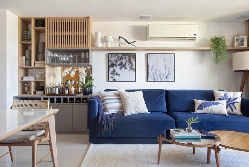 Sala de estar sofá azul