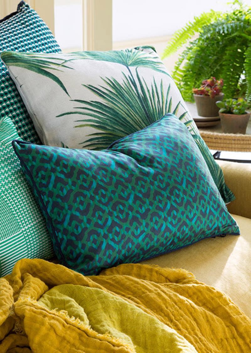 Almofadas estampadas em verde