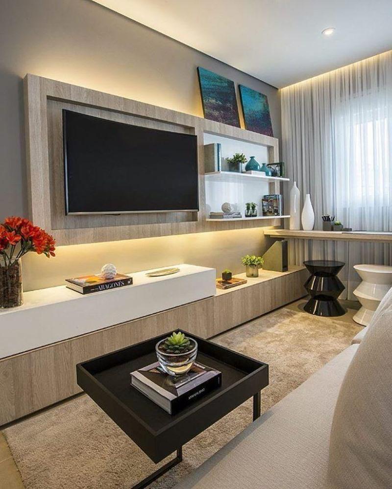 sala de estar em cores neutras painel iluminado