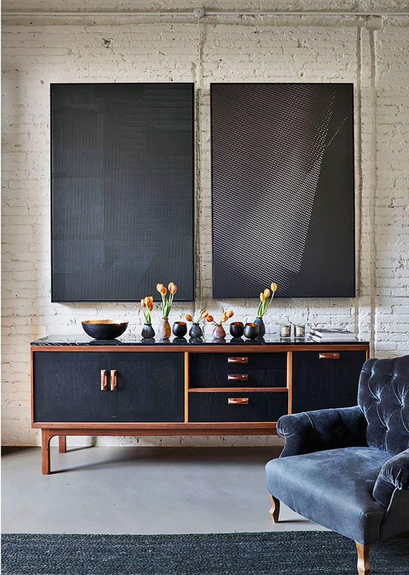 Como usar o estilo clássico na decoração- sala com poltrona clássica em veludo
