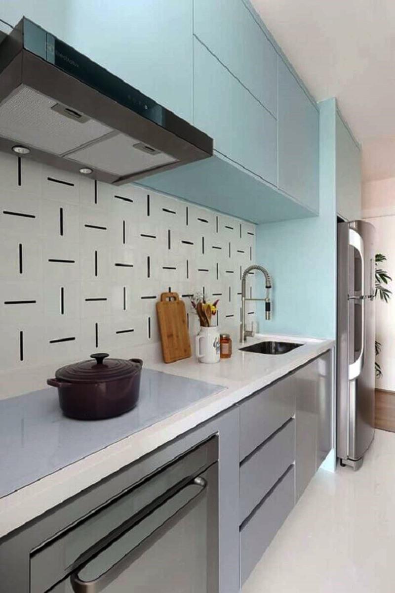 cozinha pequena branco cinza e azul
