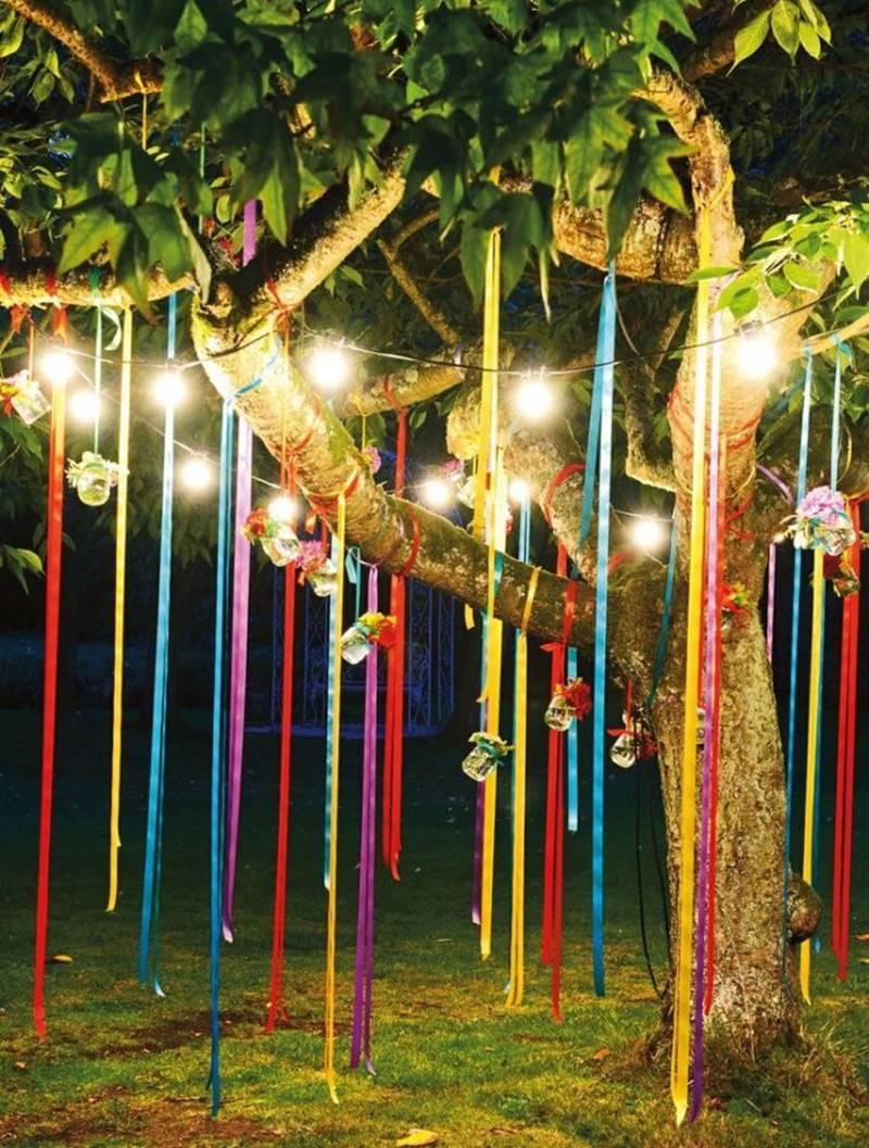 Festa junina em casa fitas coloridas